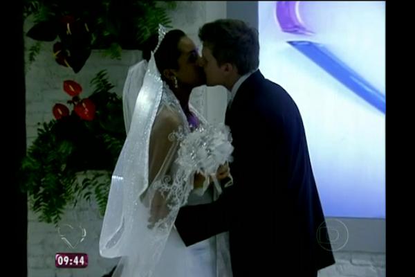 The Kissing Veil